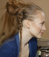 ponytailsfjdjk