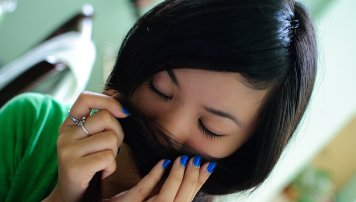olerse el pelo