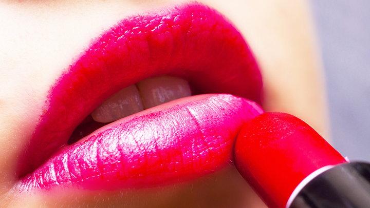 pintarse los labios