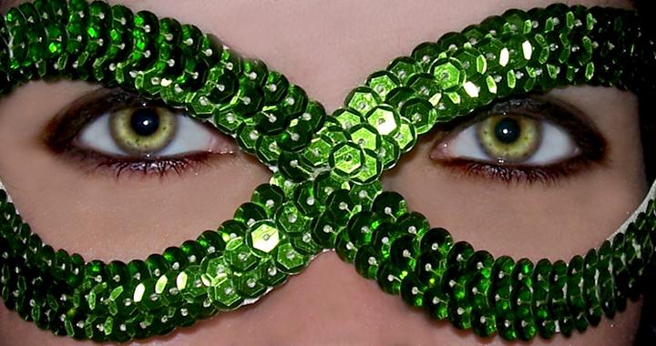 maquillar ojos color verde